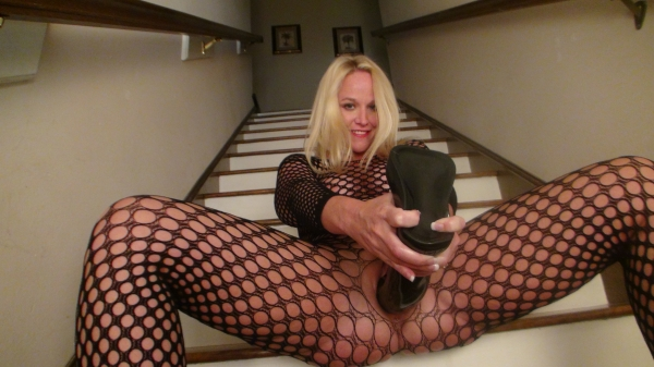 By dildo huge pussy stretched