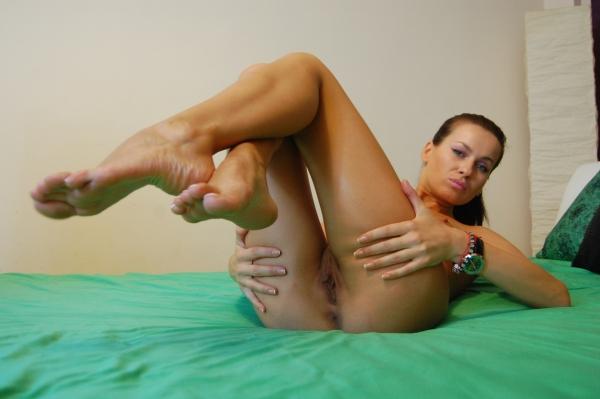 feet french